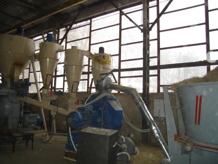 Завод по производству биотоплива.