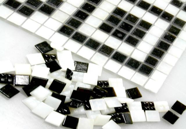 Мозайка на полу ресторана