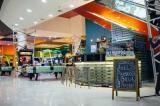 Концептуальный бар в развлекательном центре Блокбастер.
