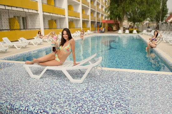 Выбираем гостиничный бизнес: купить отель в Коблево