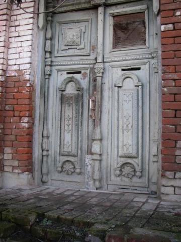 Бронированные двери: надежность и спокойствие.