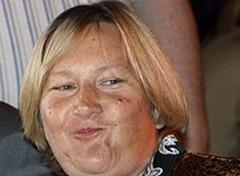 Жена Лужкова была вынуждена продать свой основной бизнес