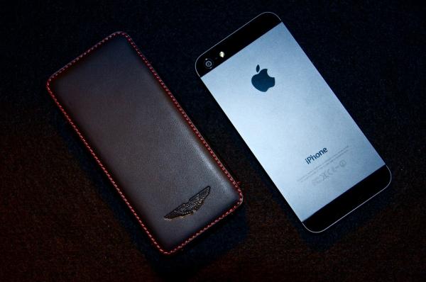 Материалы чехлов для iPhone 5c
